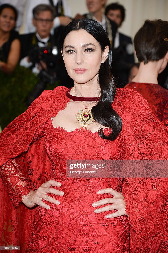 """""""Charles James: Beyond Fashion"""" Costume Institute Gala - Arrivals : News Photo"""