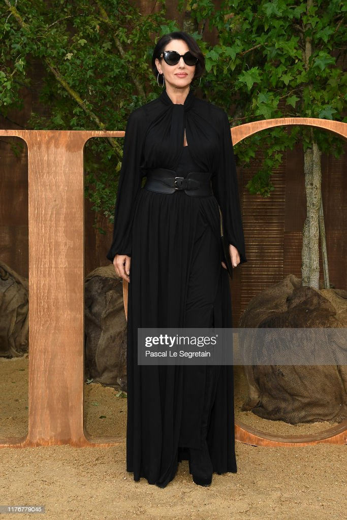 Christian Dior : Photocall -  Paris Fashion Week - Womenswear Spring Summer 2020 : Foto jornalística