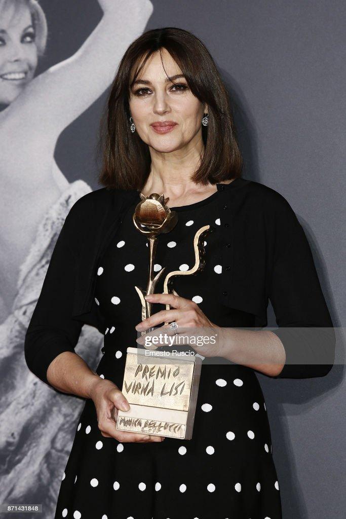 Monica Bellucci Receives The Virna Lisi Award : Foto jornalística