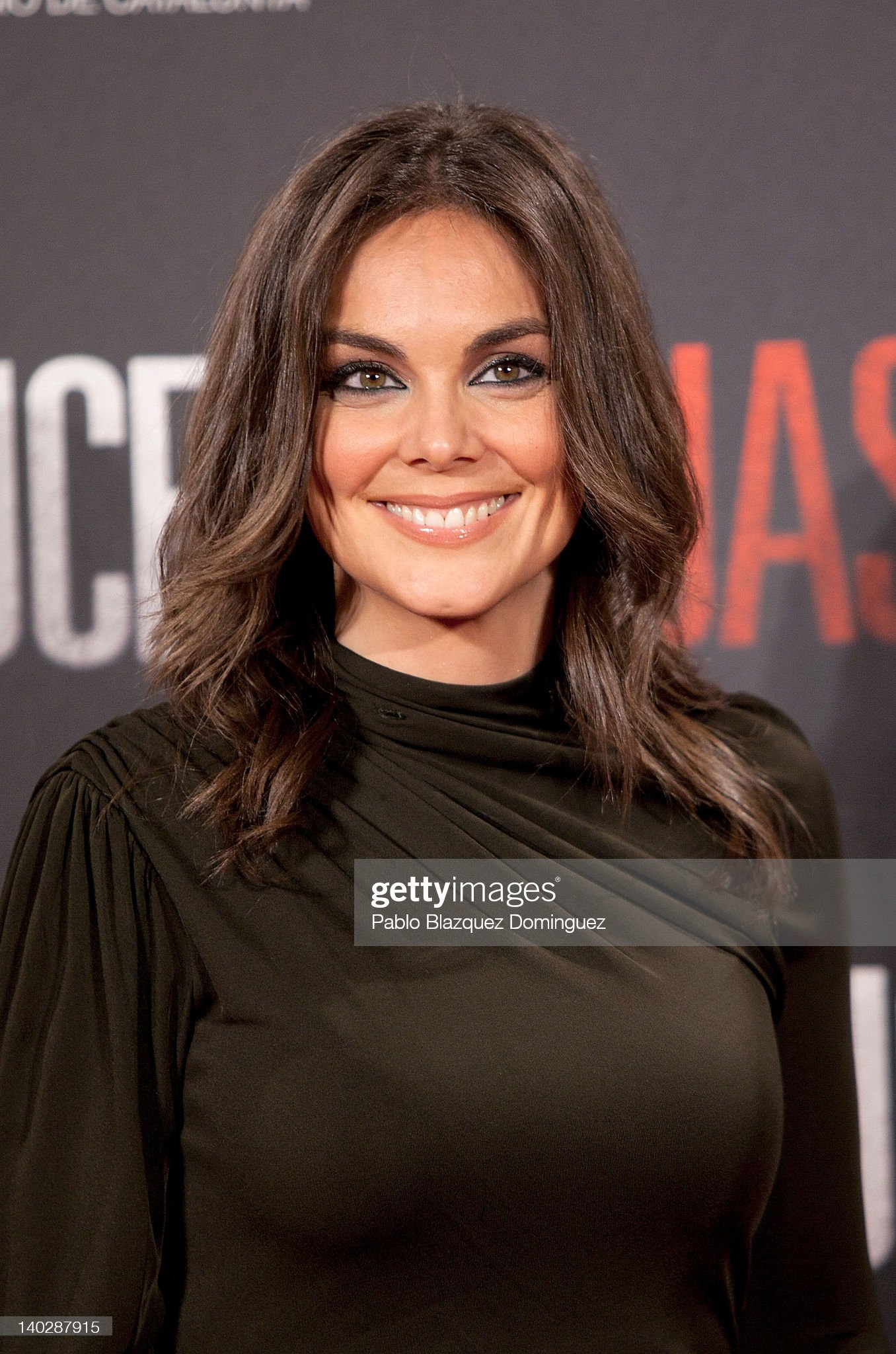 Hazel eyes - Personas famosas con los ojos de color AVELLANA Monica-carrillo-attends-the-red-lights-premiere-at-capitol-cinema-on-picture-id140287915?s=2048x2048