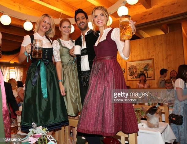 Monica Ivancan Luisa Hartema Sami Slimani and Viviane Geppert during the 'Fruehstueck bei Tiffany' at Schuetzenfestzelt at the Oktoberfest on...