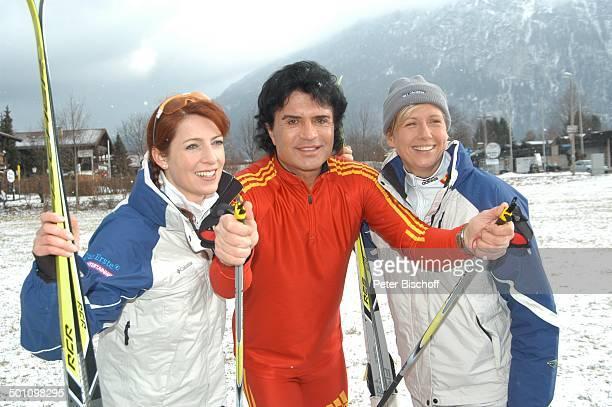 Monica Lierhaus Costa Cordalis Andrea Kiewel ARDShow StarBiathlon mit J ö r g P i l a w a Ruhpolding Bayern Deutschland Europa Winter Schnee Ski...