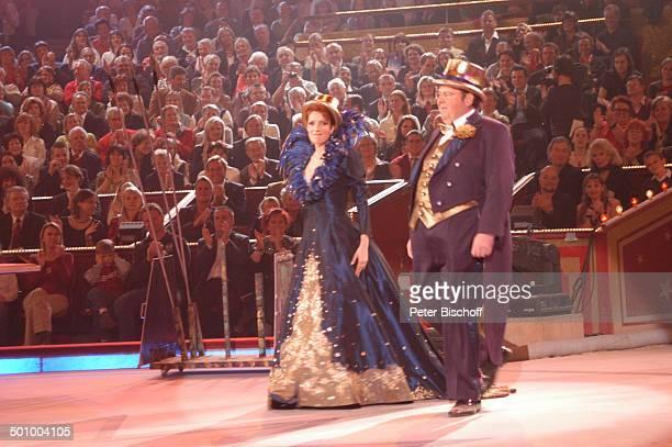 """Monica Lierhaus, Ottfried Fischer, ARD-Benefiz-Zirkus-Gala """"Stars in der Manege"""", München, Deutschland, , Prod.-Nr.: 1860/2006, """"Circus Krone"""",..."""