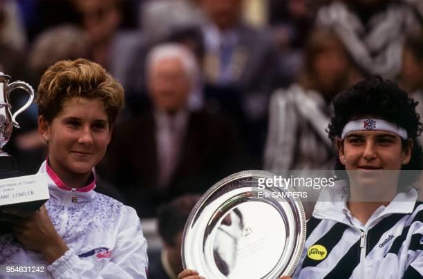 Monica Seles remporte le tournoi de Roland Garros frace à Arantxa Sánchez Vicario en juin 1991 à Paris France
