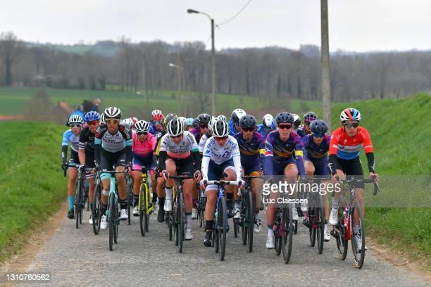 Moniek Tenniglo of Netherlands and Team BikeExchange, Katarzyna Niewiadoma of Poland and Team Canyon SRAM Racing, Tiffany Cromwell of Australia and...