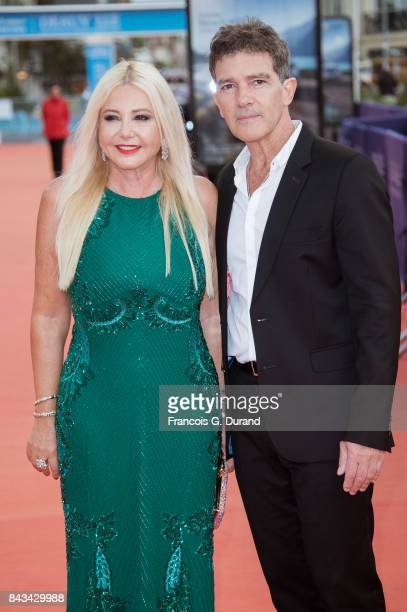 Monika Bacardi and Antonio Banderas pose on the red carpet before the screening of the movie 'The Music Of Silence' during the 43rd Deauville...