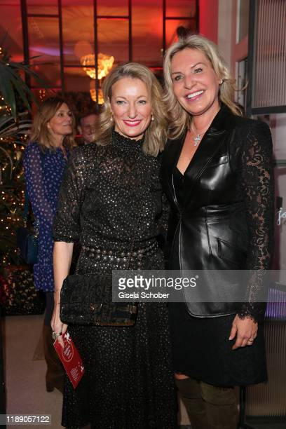 Monika Gruber and Saskia GreiplKostantinidis during the annual christmas roast kid dinner at Reitschule on December 16 2019 in Munich Germany