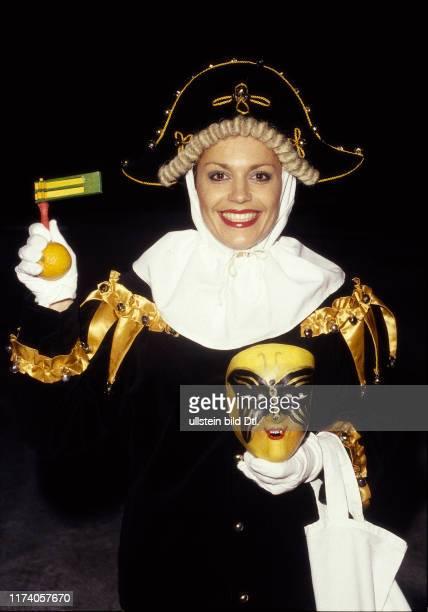 Monika Kaelin im Fasnachtskostüm 1987