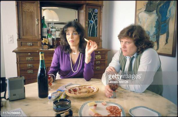 Monika Kaelin und Fritz Künzli zuhause 1981