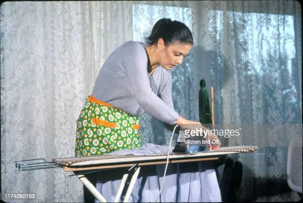 Monika Kaelin zuhause 1981