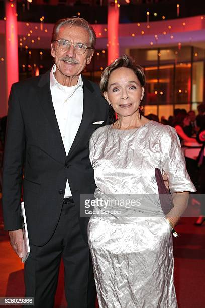 Monika Peitsch and her husband Sven HansenHoechstaedt during the PIN Party Let's party 4 art' at Pinakothek der Moderne on November 26 2016 in Munich...