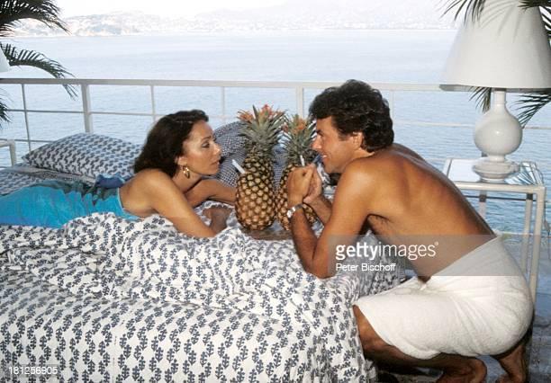 Traumschiff Folge 16 Mexiko Episode 4 Spiel mit dem Feuer Acapulco Mexiko/Mittelamerika Bett Getränk AnanasCocktail Schauspieler Schauspielerin...