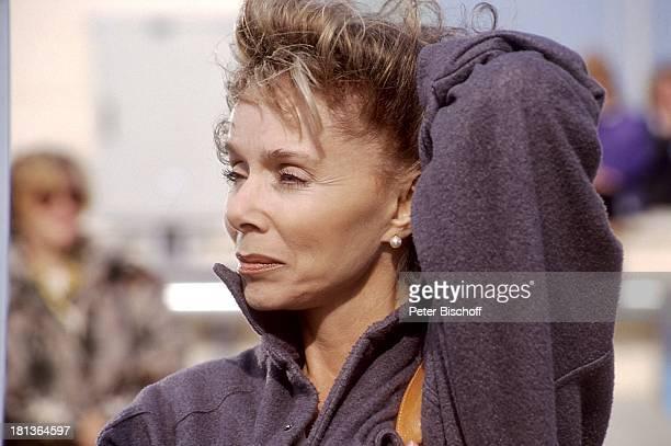 Monika Peitsch geb 23 Dezember 1936 in Z e i t z Urlaub Las Palmas Gran Canaria Spanien Europa Portrait Porträt Schauspielerin Synchronsprecherin...