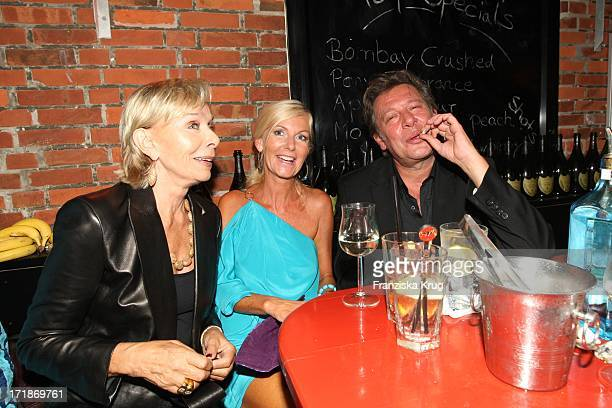 Monika Peitsch Jan Fedder and wife Marion Island In The Island Party Meets in Kampen In Local Pony On The Island of Sylt