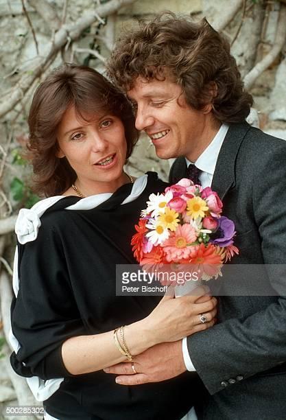 """""""Monika Schanze, Michael Schanze, nach Hochzeit am in Monte Carlo, Monaco. """""""
