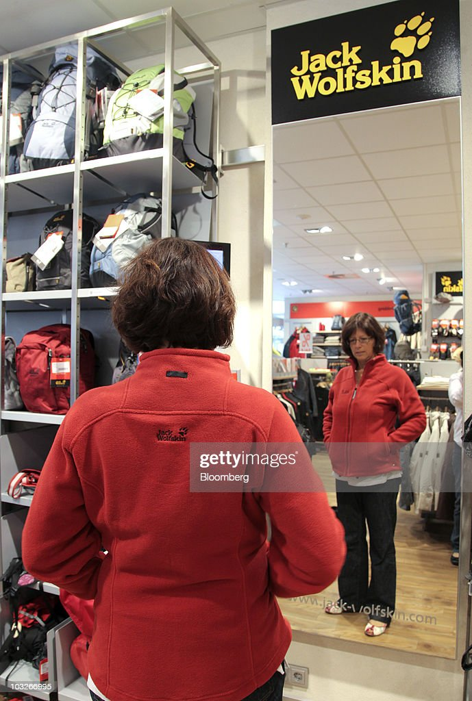 online store f4d15 5c1e6 Monika Wolterstorff tries on a jacket at a Jack Wolfskin ...