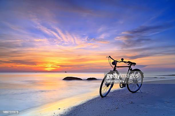 moning time @ huahin - prachuap khiri khan province stock pictures, royalty-free photos & images