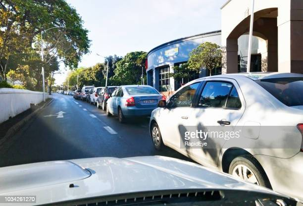 Moning traffic in Cape Town's suburbs