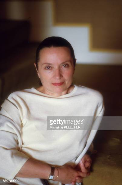 Monique Chaumette chez elle à Paris le 17 avril 1985 France