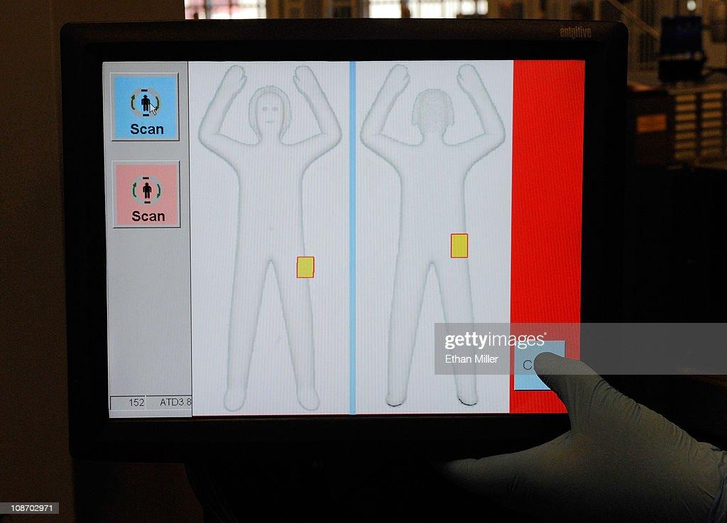 TSA Tests New Body Scanning Technology At Vegas Airport : News Photo