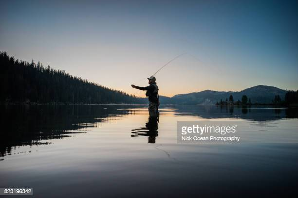monochrome, fly fishing in south lake tahoe - pescador - fotografias e filmes do acervo