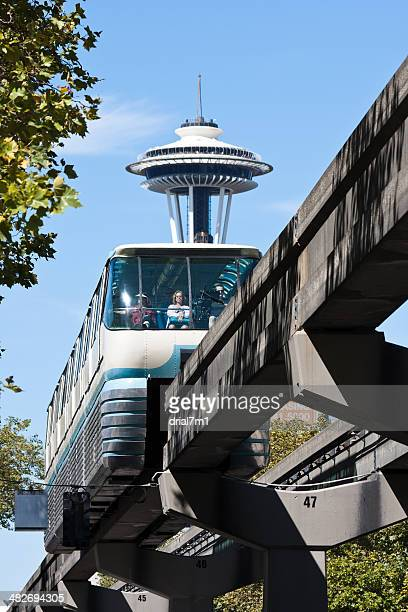 monorail and space needle - monorail stock pictures, royalty-free photos & images