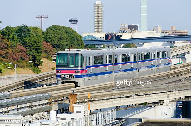 monorail from front. - monorail stock pictures, royalty-free photos & images