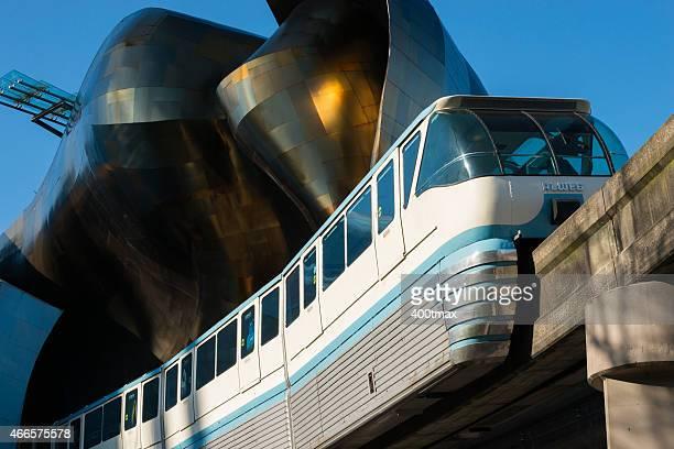 einschienenbahn monorail - seattle center stock-fotos und bilder