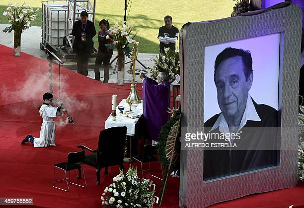 Monsignor Diego Monroy takes part in an homage to Mexican comedian Roberto Gomez Bolanos at the 105000capacity Azteca stadium in Mexico City on...