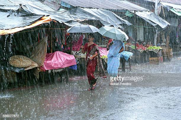 monsoon in calcutta - monsoon stock pictures, royalty-free photos & images