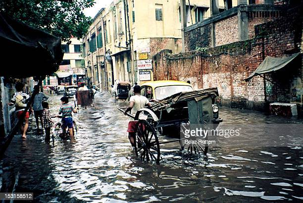 monsoon in kolkata - monsoon stock pictures, royalty-free photos & images