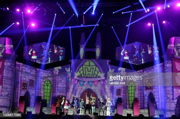 Monster High live das spuktakulaere Musical von Komponist Autor und Produzent Thomas Schwab Regisseurin Andreana Clemenz und Choreograph Alex Burgos...