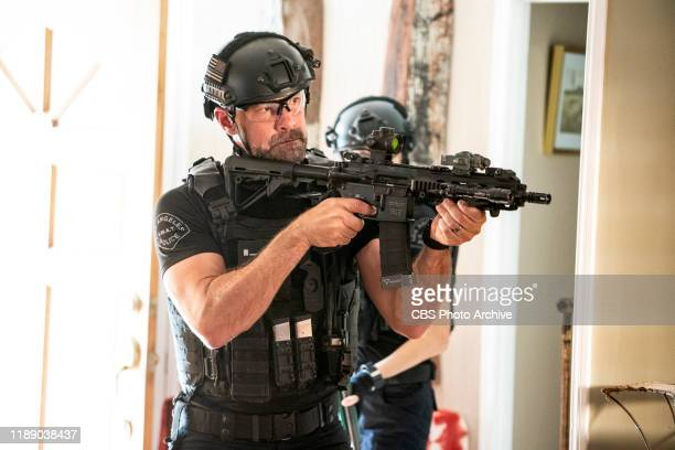 Monster The SWAT team's task to provide security for a warlord is threatened by assassins determined to take him out before he's extradited by the...