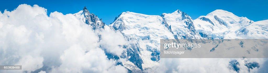 Mont-blanc, sommet aiguille du Midi Alpes montagne panoramique Chamonix : Photo