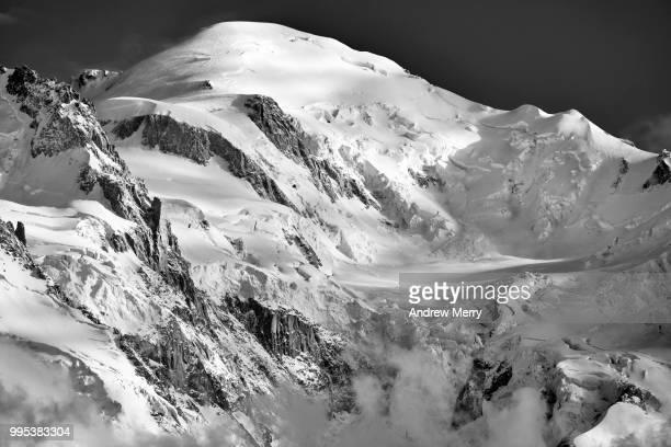 mont blanc summit, peak - pinnacle peak stock pictures, royalty-free photos & images