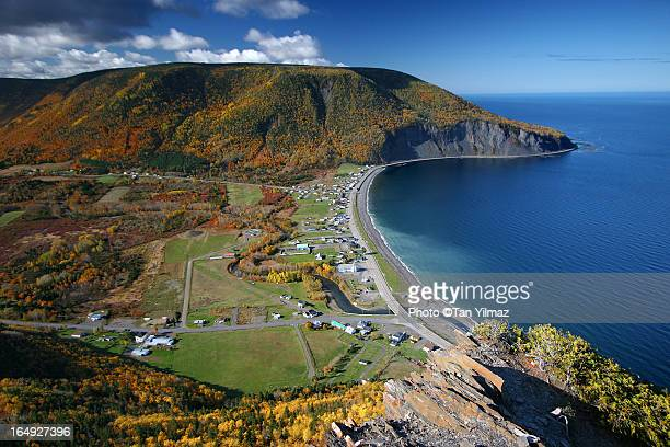 mont saint pierre - gaspe peninsula stock pictures, royalty-free photos & images