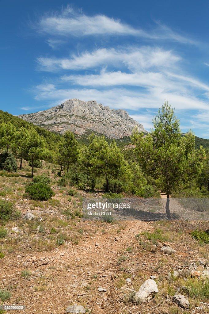Mont Sainte Victoire near Aix en Provence : Stock Photo