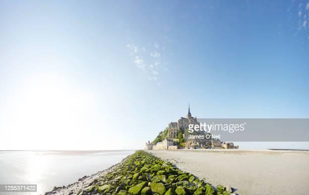 mont saint-michel, france - cultura francese foto e immagini stock