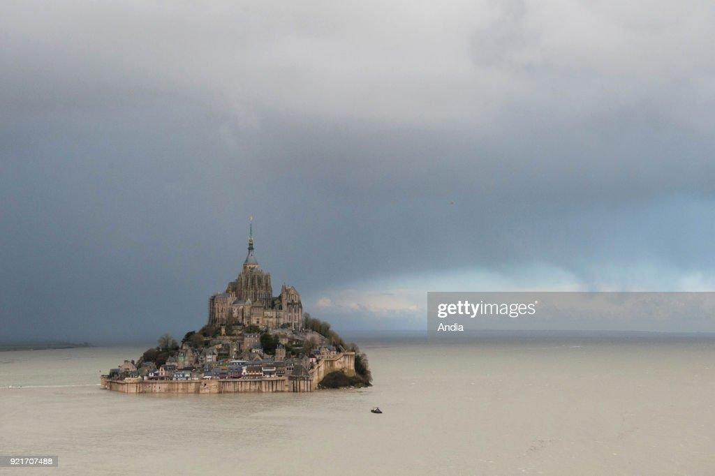 Aerial view of Le Mont Saint-Michel. : News Photo