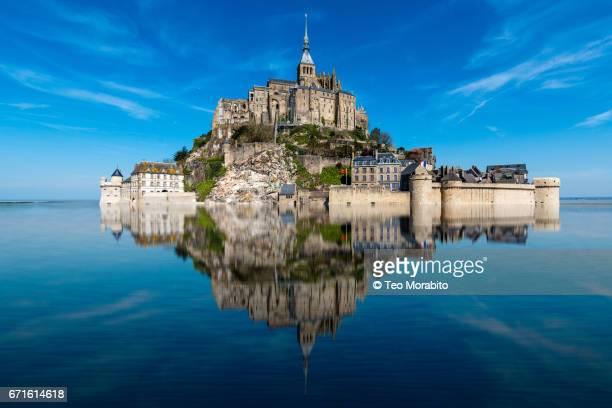 mont saint-michel - モンサンミッシェル ストックフォトと画像