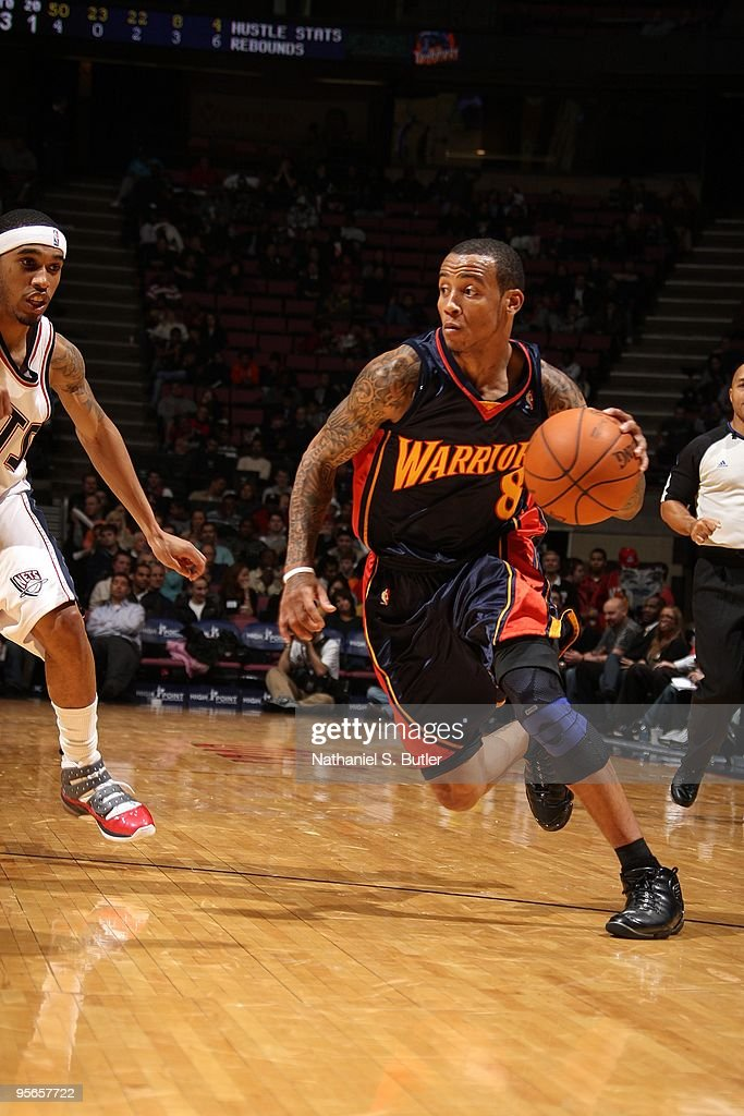 timeless design c1389 c328a Monta Ellis of the Golden State Warriors moves the ball up ...