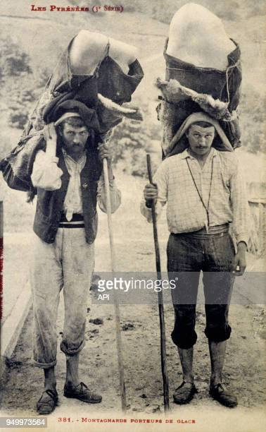Montagnards porteurs de glace dans les Pyrénées France