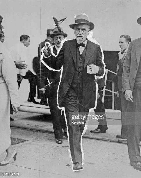 Montagu Collet Norman Governor of the Bank of England disembarks from the 'Empress of Britain' at Southampton UK 8th August 1936 He is wearing a...