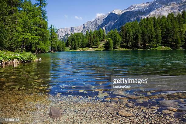 die berge lake - lucyna koch stock-fotos und bilder