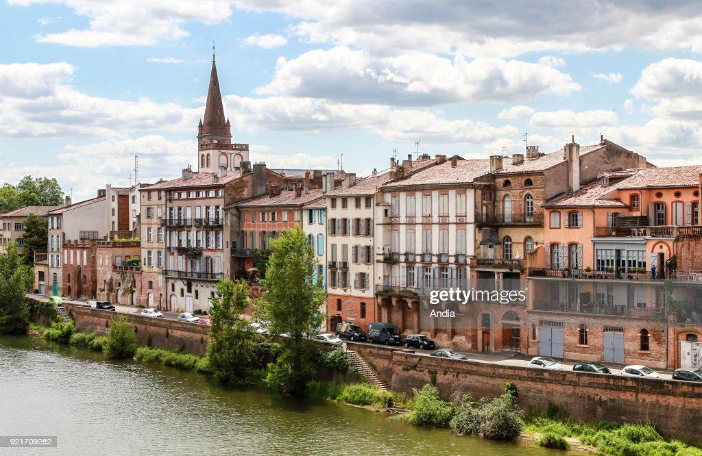Quai Villebourbon' quay. : News Photo