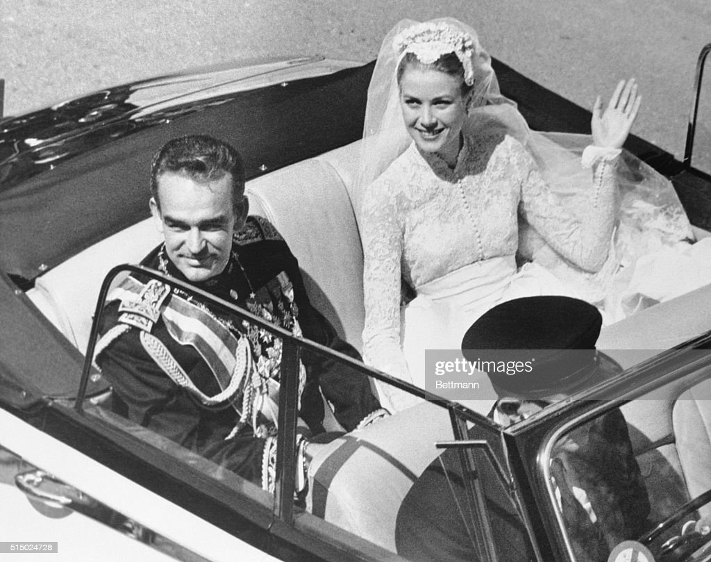 Princess Grace and Prince Rainier : News Photo