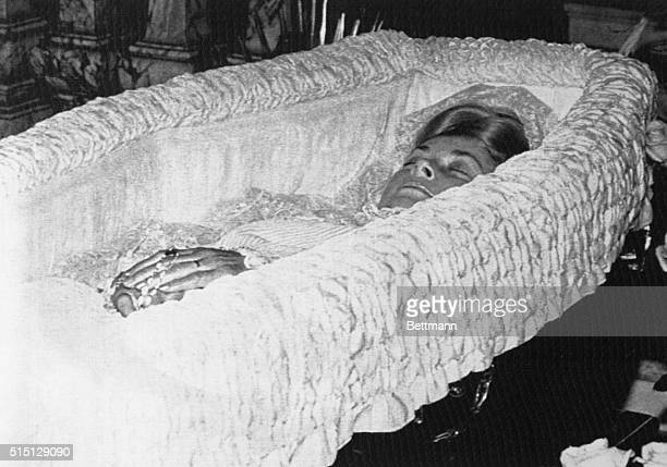 Princess Grace of Monaco laying in state in open wooden coffin at Monaco Palace September 15 The Monaco Princess who died September 14 following a...