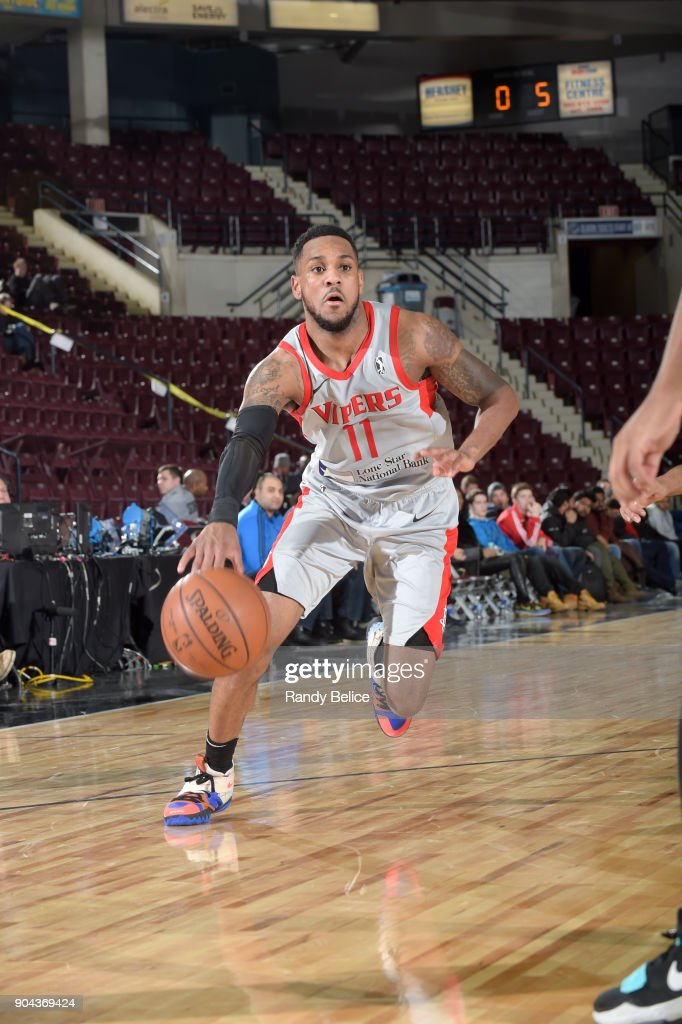 Monte Morris #11 of the Rio Grande Valley Vipers handles the ball against the Erie BayHawks during NBA G-League Showcase Game 21 on January 12, 2018 at the Hershey Centre in Mississauga, Ontario Canada.