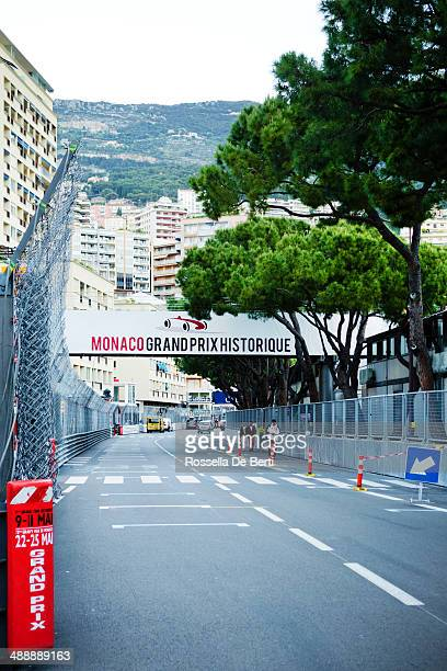 monte-carlo, monaco grand prix historique - grand prix motor racing stock pictures, royalty-free photos & images