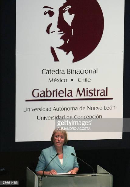 "La presidenta de Chile Michelle Bachelet, habla durante la inauguracion de la catedra binacional ""Mexico-Chile Grabriela Mistral"" de la Poeta y..."